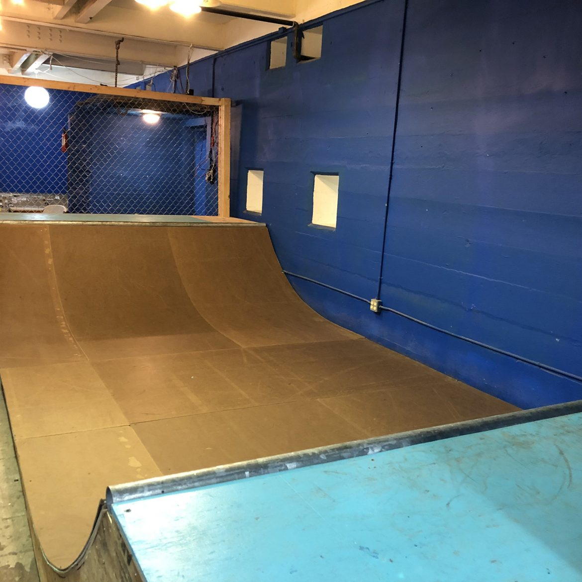 Large, mini ramp